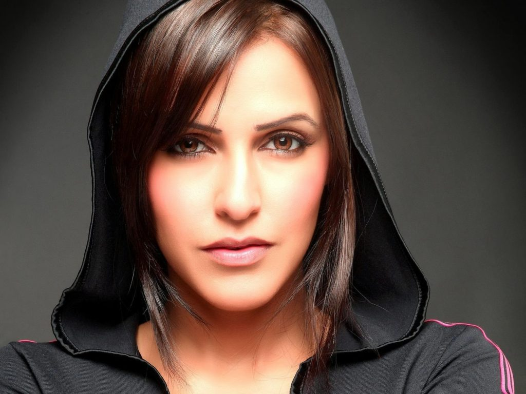 Neha Dhupia Charming & Attractive Images