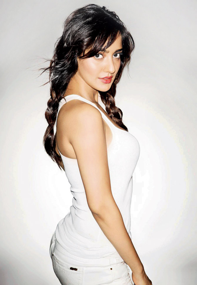Neha Sharma Hot Boobs Images