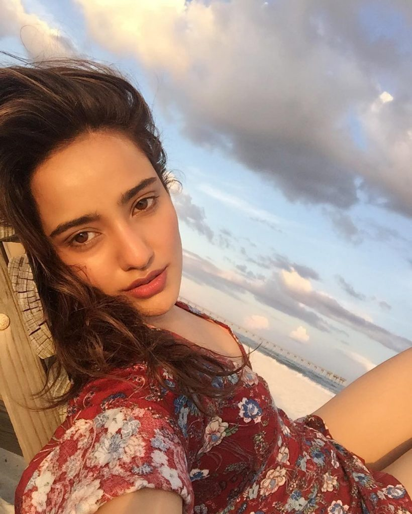 Neha Sharma Hot & Sexy Pictures