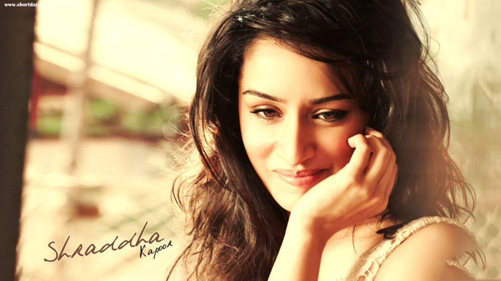 Nice Actress Shraddha Kapoor Beautiful Wallpapers