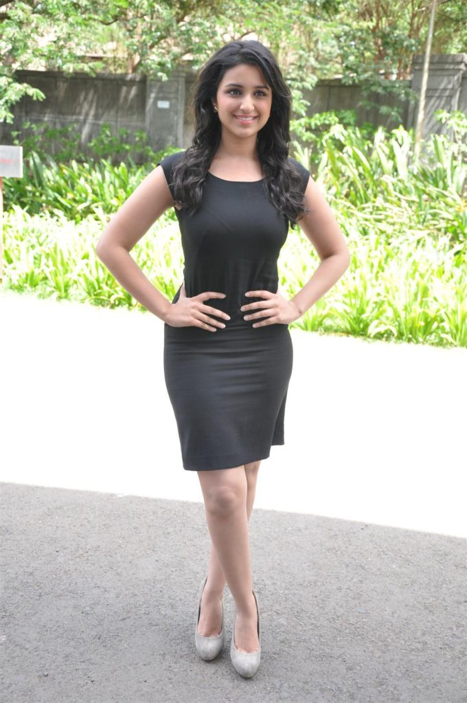 Parineeti Chopra Attractive Pics In Short Cloths