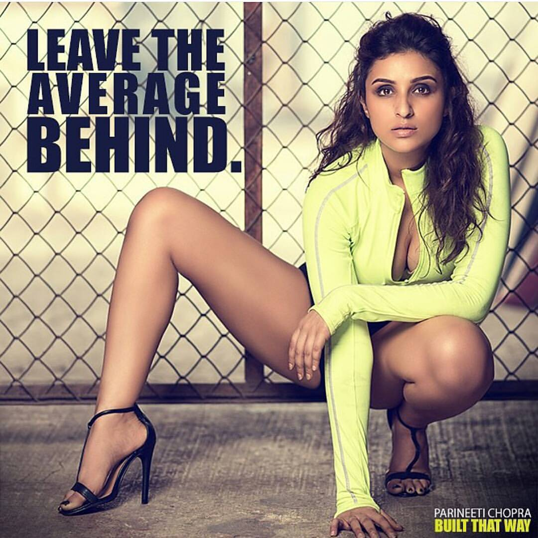 parineeti chopra hot & sizzling navel pictures wallpapers