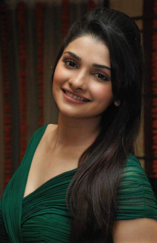 Prachi Desai Cute Wallpapers