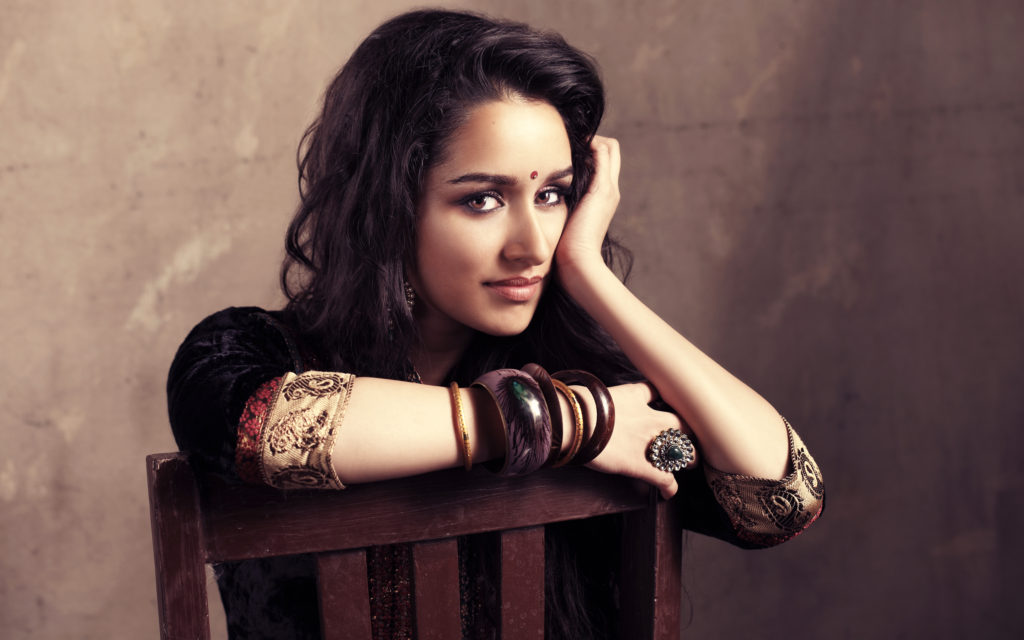 Shraddha Kapoor Attractive Photos