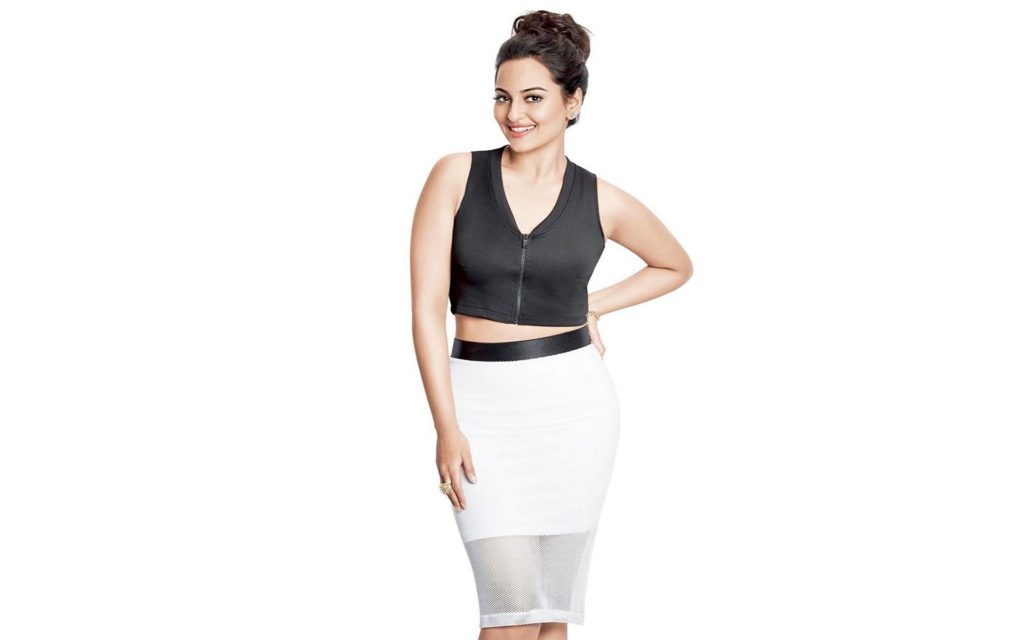 Sonakshi Sinha Beautiful Bra Panty