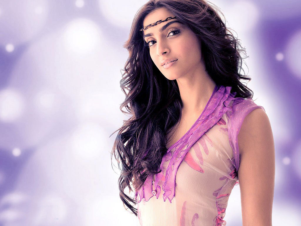 Sonam Kapoor HD Full Photos Gallery