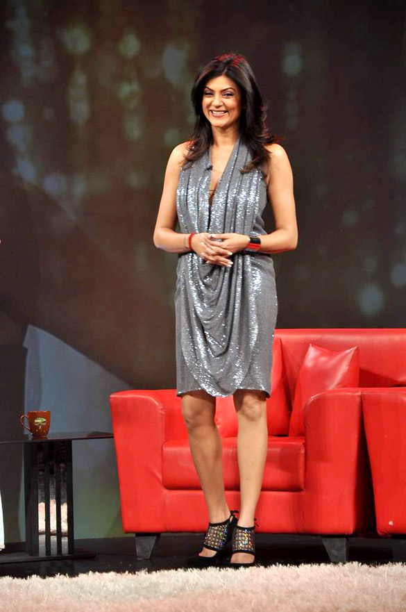 Sushmita Sen Cute & Nice Wallpapers