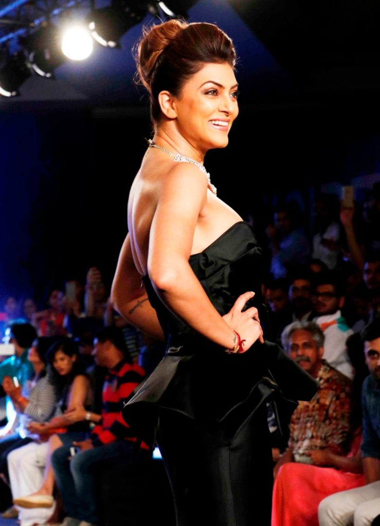 Sushmita Sen Hot Images