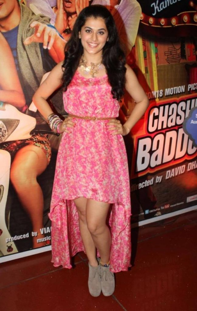 Taapsee Pannu Hot Legs Wallpapers In Short Dress