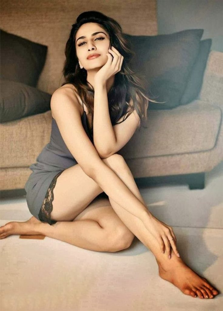 Vaani Kapoor Bold  & Sizzling Wallpapers