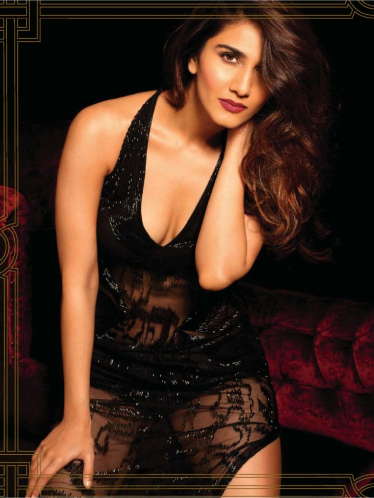 Vaani Kapoor Hot & Sizzling Wallpapers In Bikni