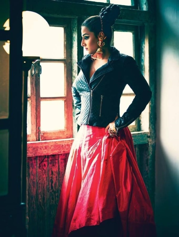 Vidya Balan Charming & Lovely Photos
