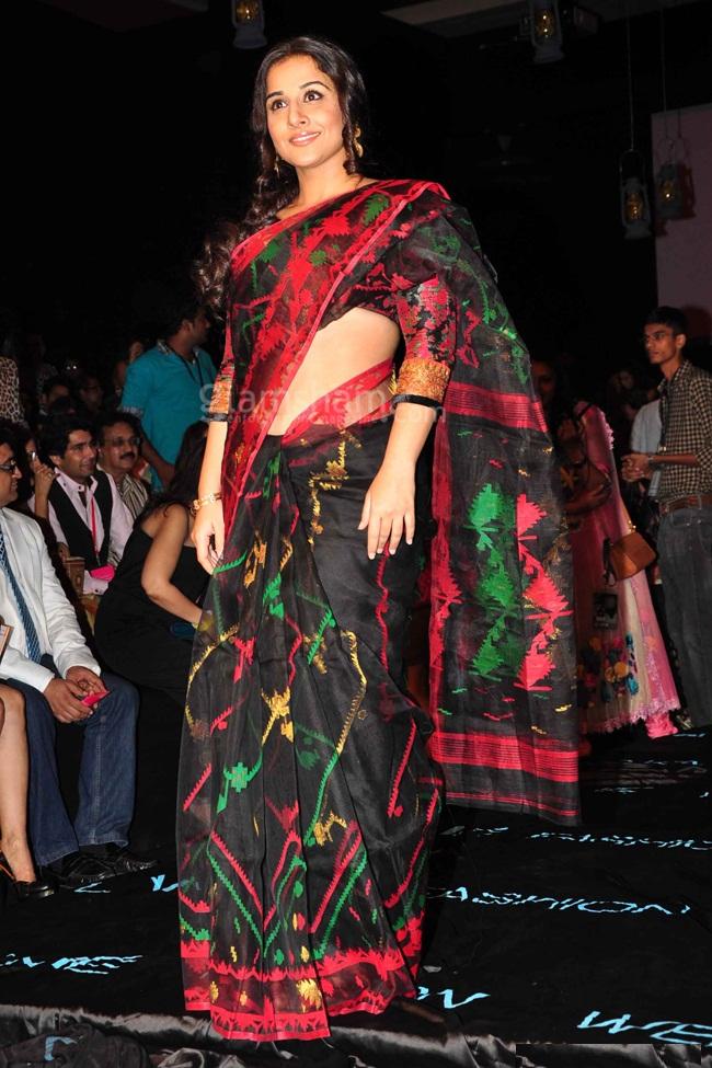 Vidya Balan Hot Photos At Rampwalk