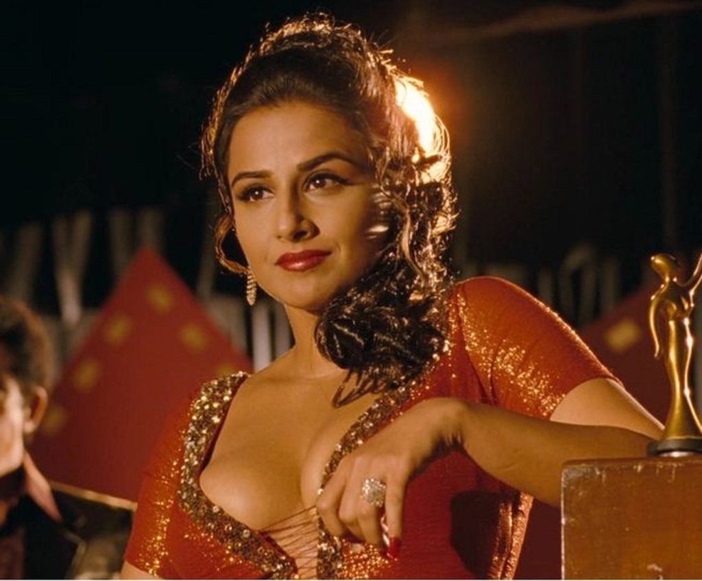 Vidya Balan Hot & Sexy Boobs Wallpapers
