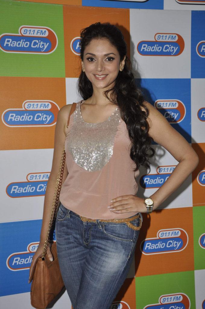 Aditi Rao Hydari In Jeans Top