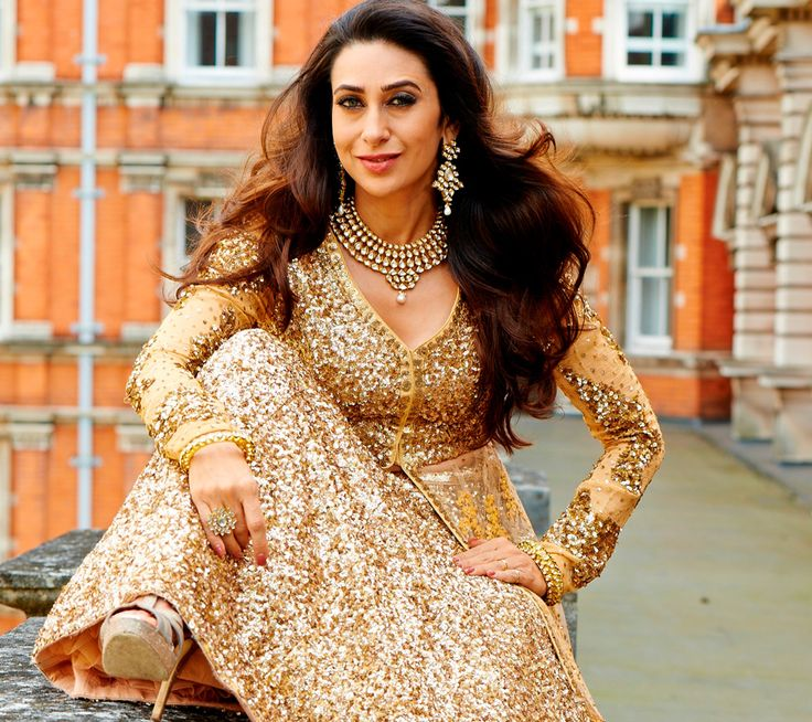 Karisma Kapoor Latest Style Images