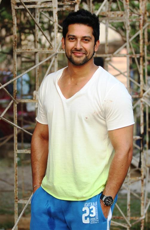 Aftab Shivdasani Cute & Nice Images