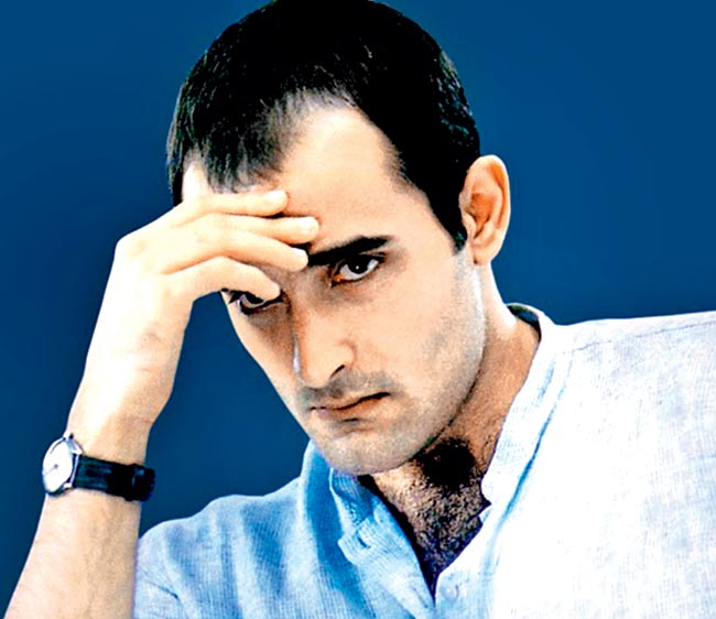 Akshaye Khanna Cute Photos