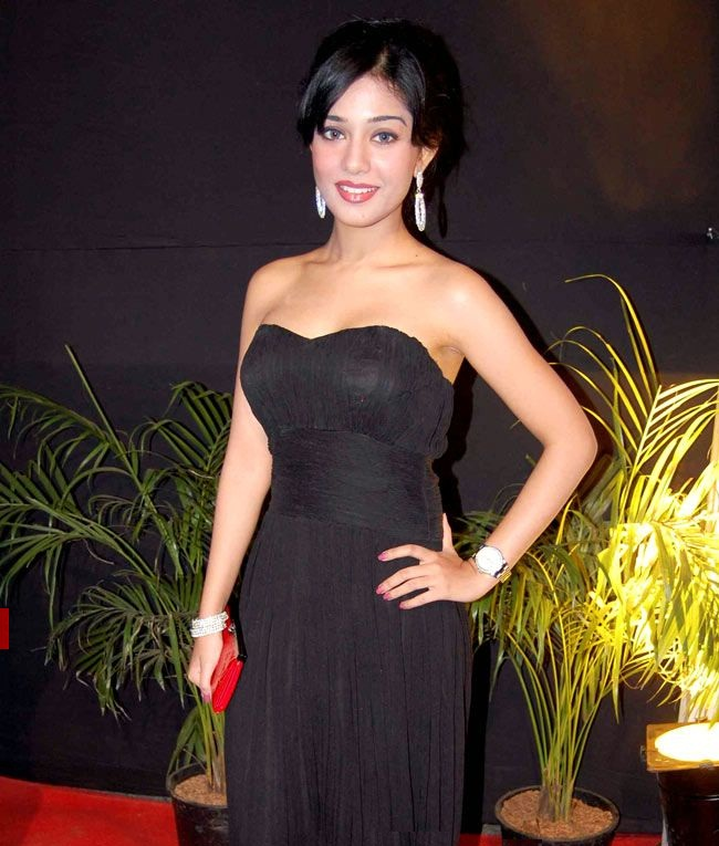 Amrita Rao Beautiful Images In Off Shoulders Dress