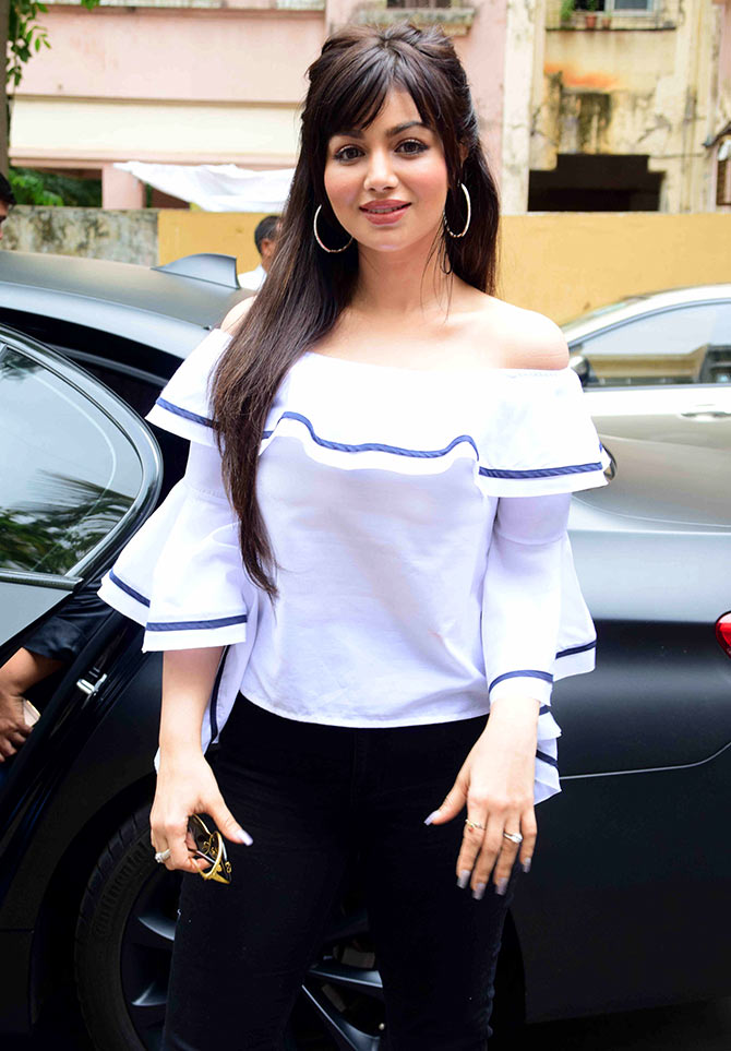 Ayesha Takia Full HD Photos Gallery In 2017