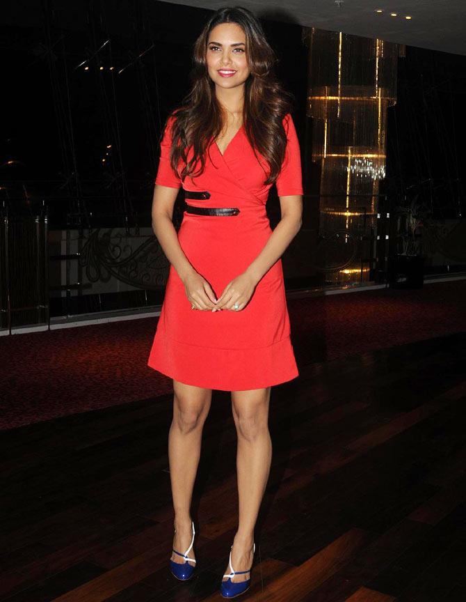 Bollywood Actress Esha Gupta New Images