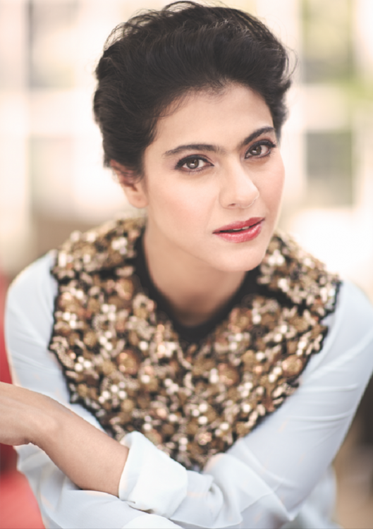 Charming Actress Kajol HD Full Wallpapers