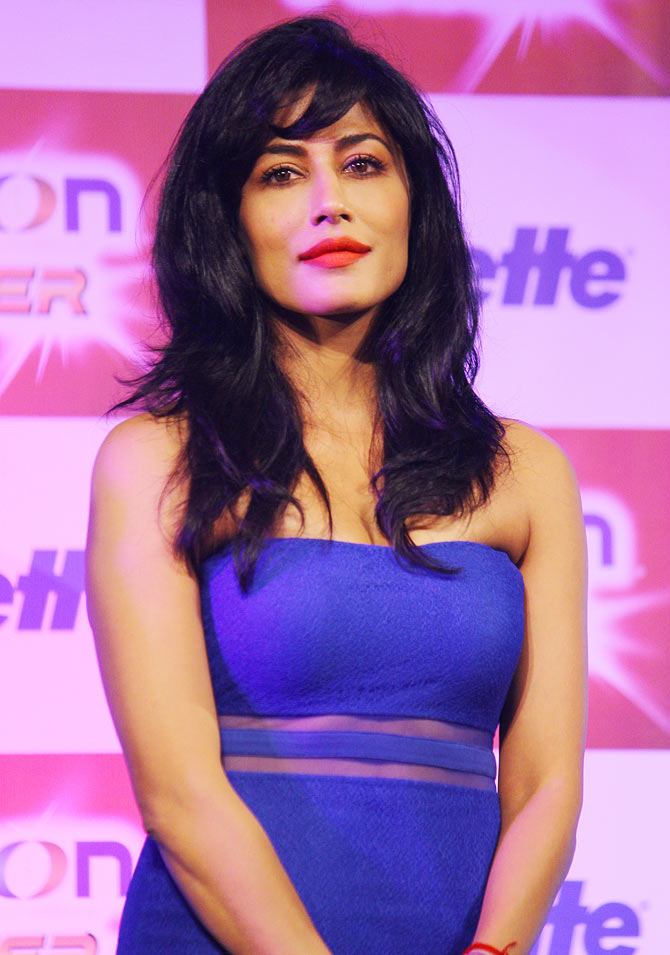 Chitrangada Singh Hot Boobs Wallpapers