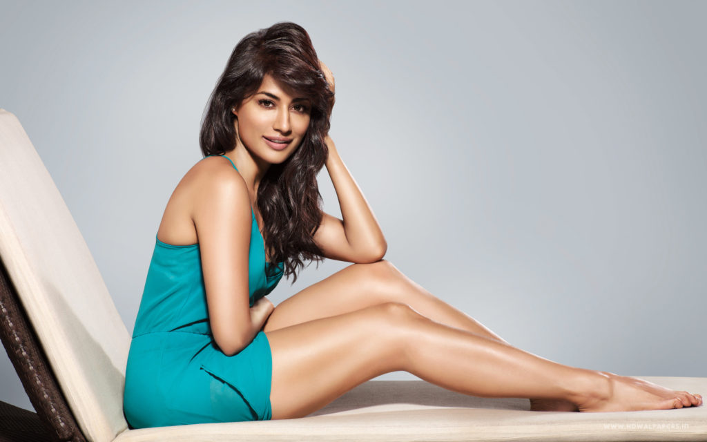 Chitrangada Singh Latest Images In Bikini