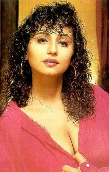 Divya Dutta Hot Boobs Images