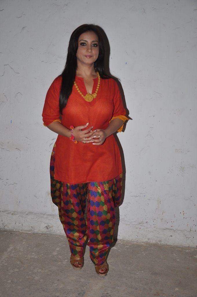 Divya Dutta Latest Hair Style Photos