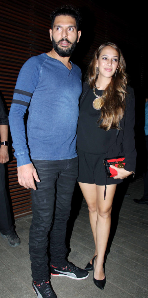 Hazel Keech Attractive Wallpapers With Husband Yuvraj Singh