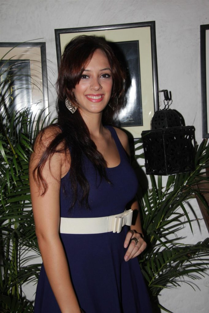 Hazel Keech Nice & New Wallpapers