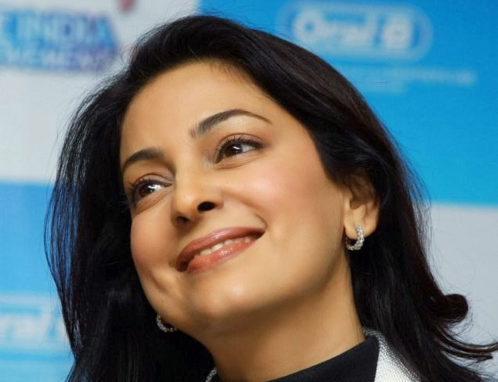 Juhi Chawla Beeautiful Photos