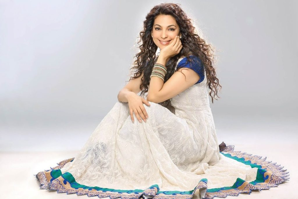 Juhi Chawla Charming Wallpapers