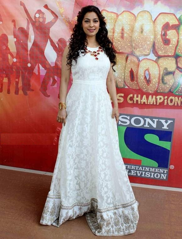 Juhi Chawla Full HD Photos