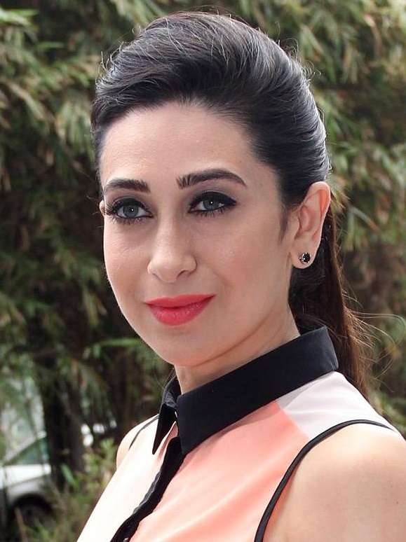Karisma Kapoor Bold Wallpapers