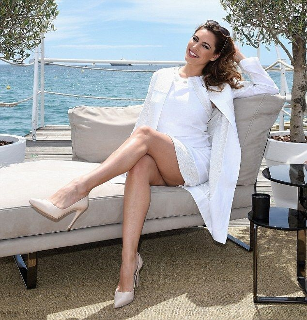 Kelly Brook Height Weight