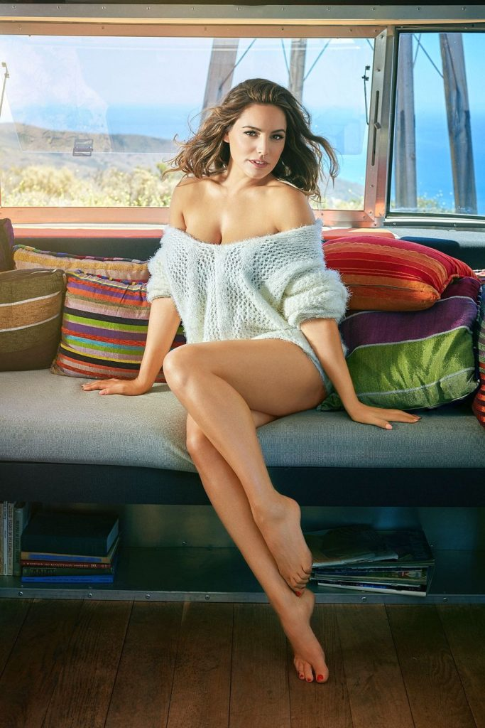 Kelly Brook Hot HD Photoshoot