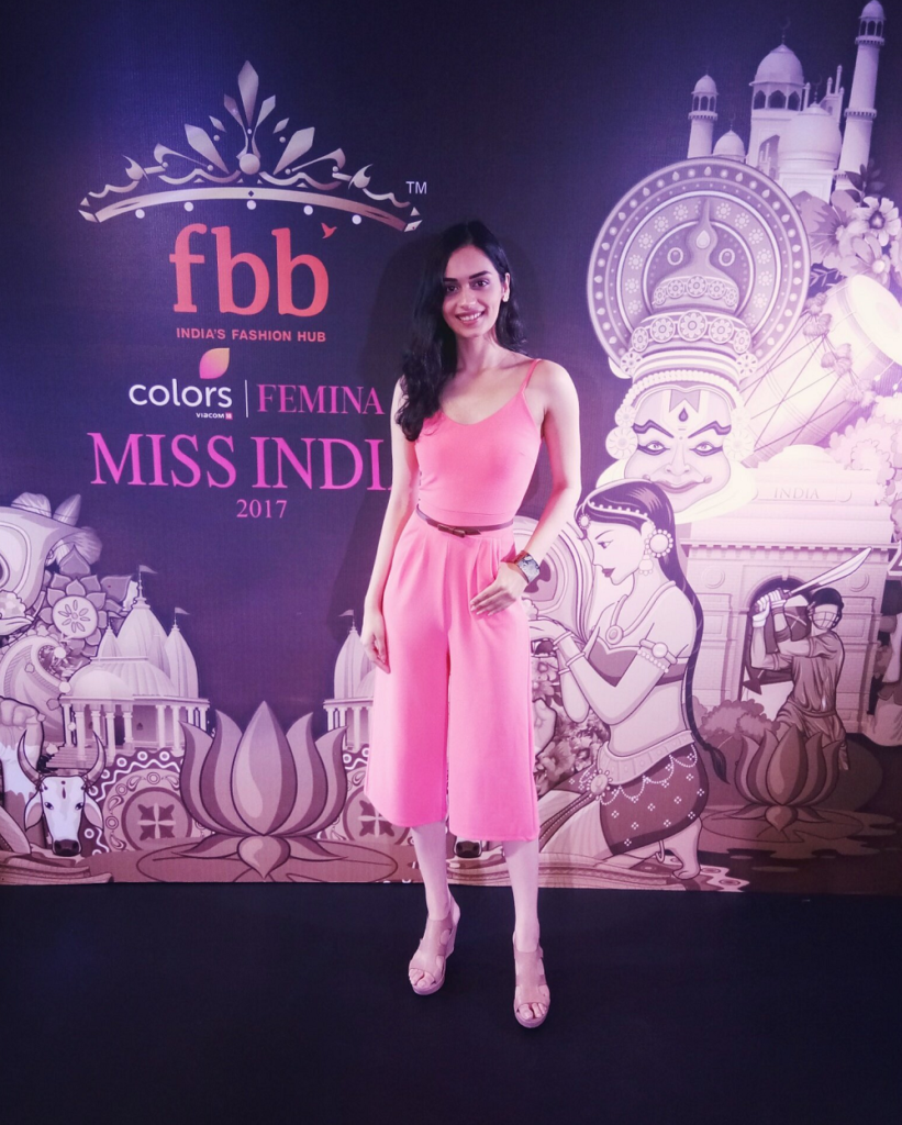 Manushi Chhillar Beautiful Images In Short Cloths