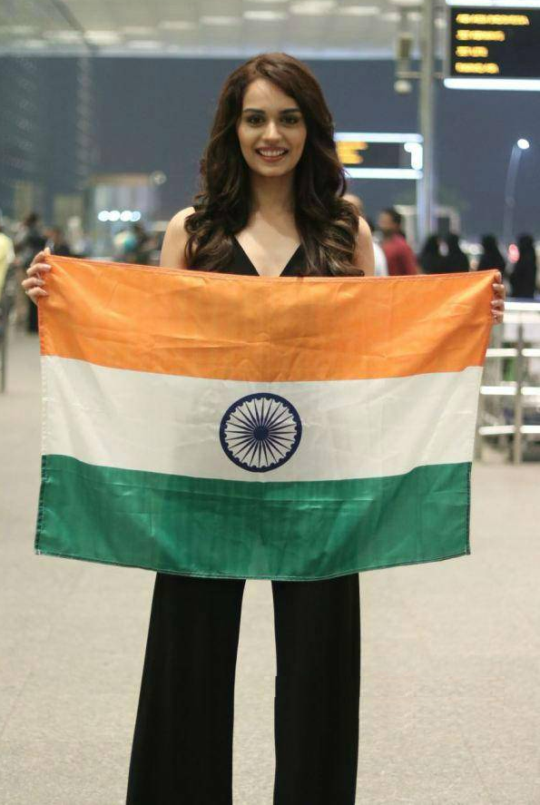 Manushi Chhillar Cute Pics With Indian Flag