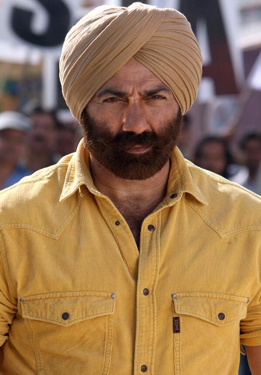 Sunny Deol Cute & Attractive Images