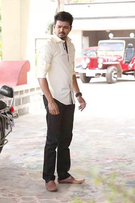 Vijay Attractive Wallpapers