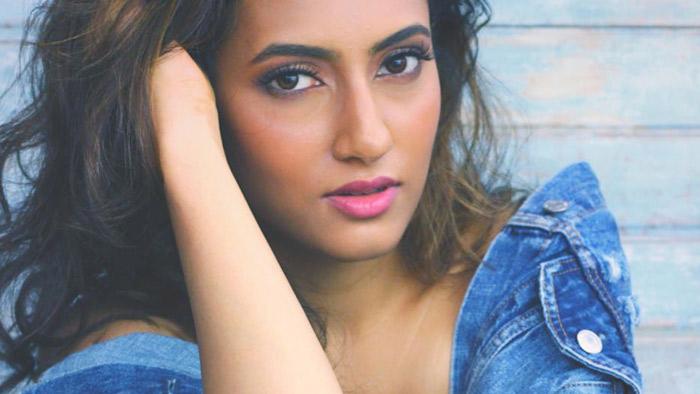 Additi Gupta Hot HD Sexy Photoshoot