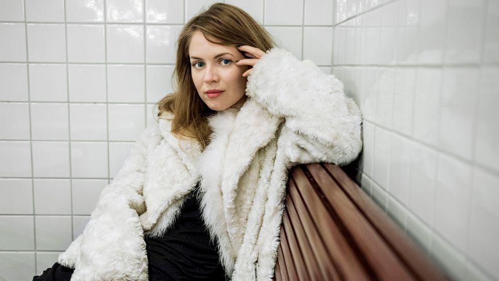 Alexandra Dahlström Hot HD Photoshoot Free Download