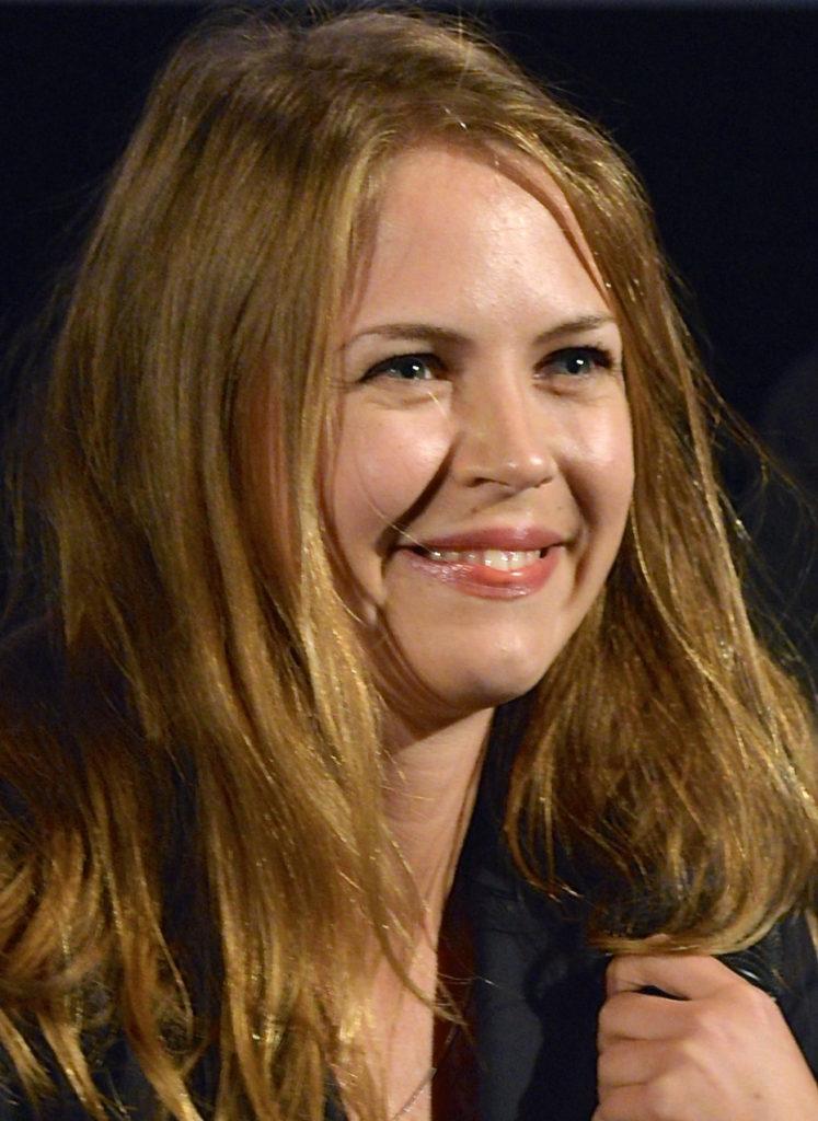 Alexandra Dahlström Hot & Sizzling Wallpapers