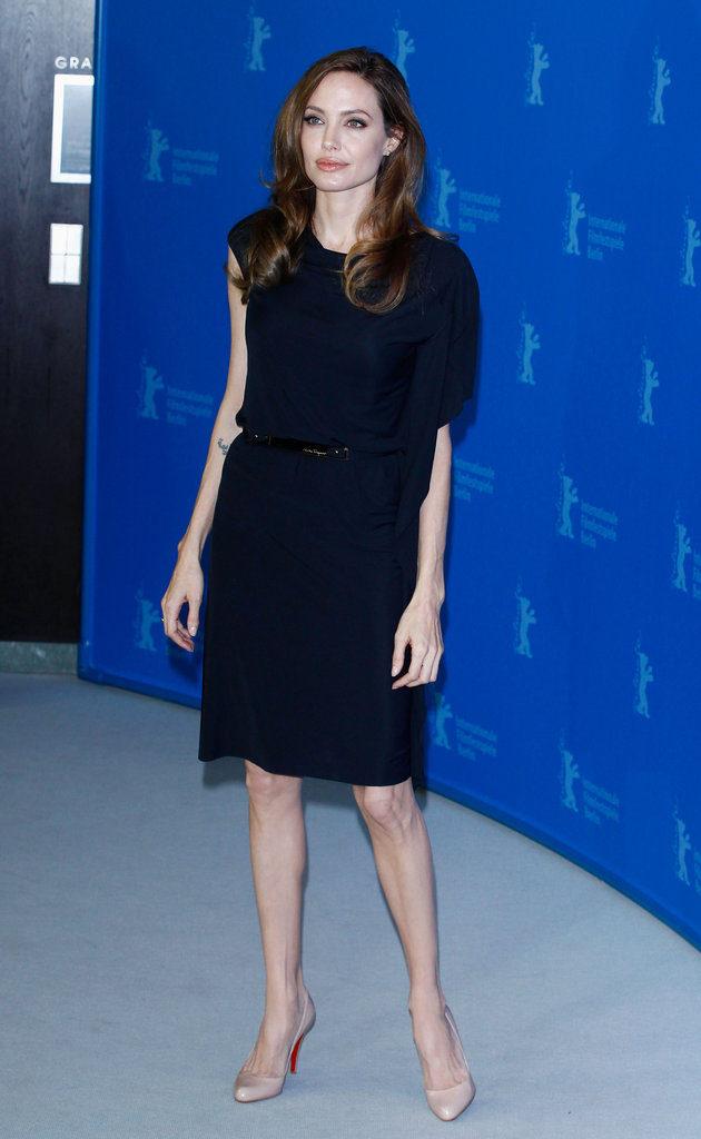 Angelina Jolie Hot Look In Short Cloths