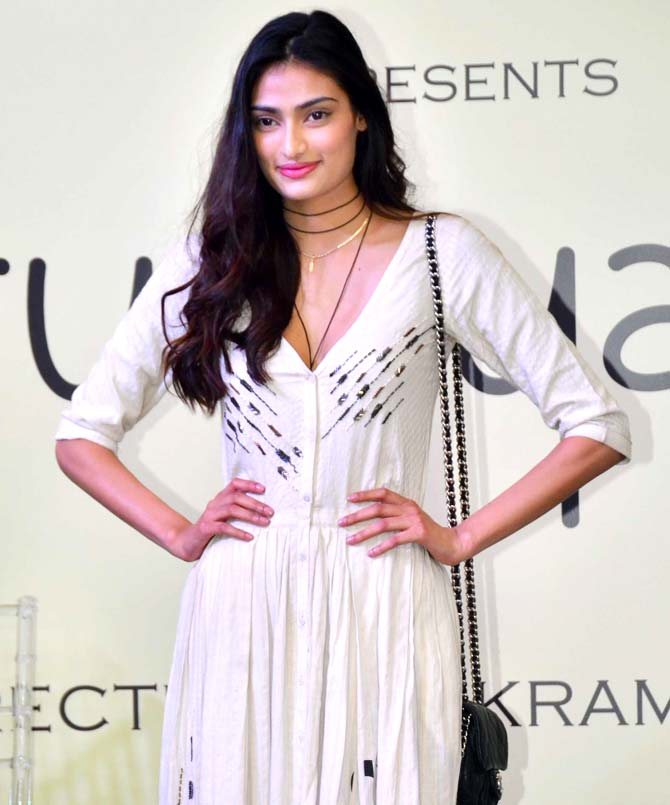Athiya Shetty Latest Full HD Images Free Download