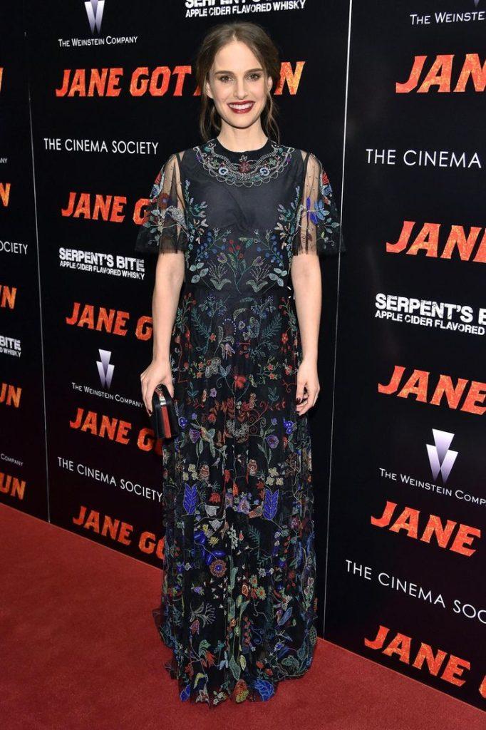 Beautiful Actress Natalie Portman Latest FUll HD Pics