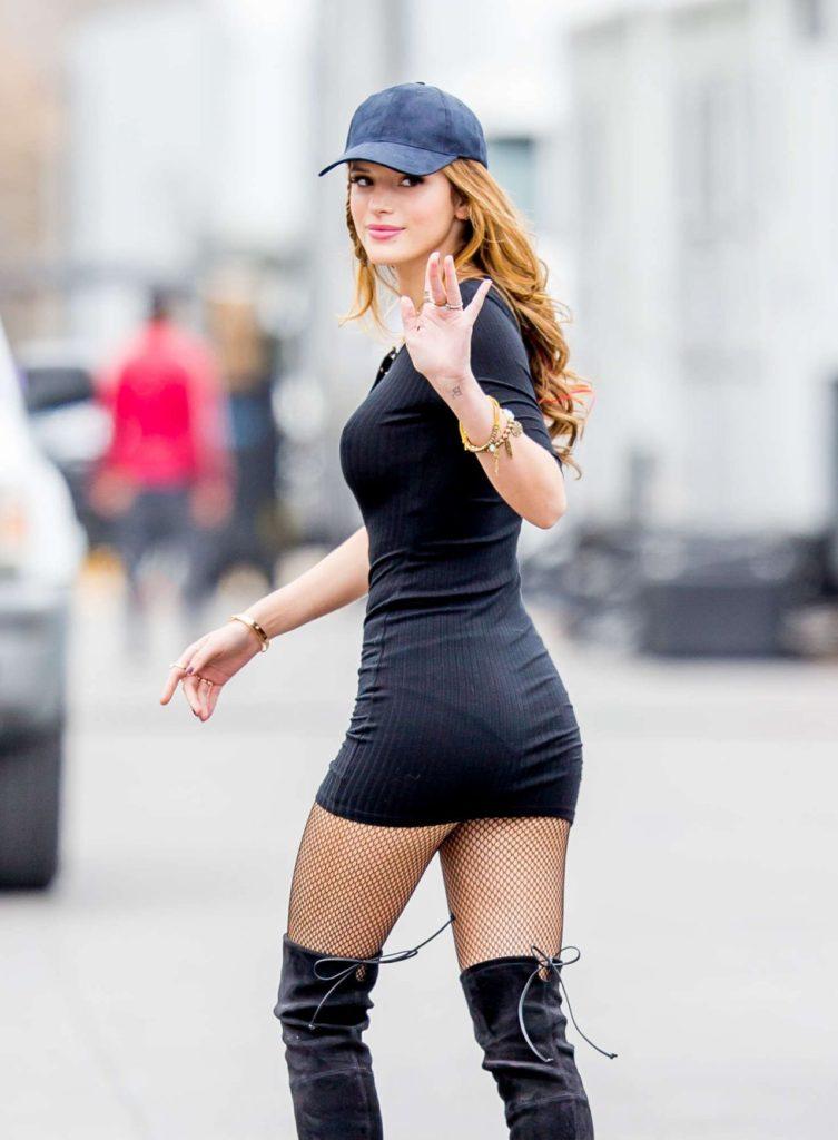 Bella Thorne Hot Looking Images Backside