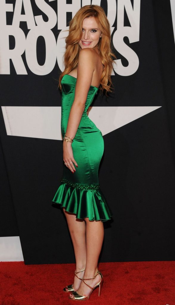 Bella Thorne Hot Wallpapers